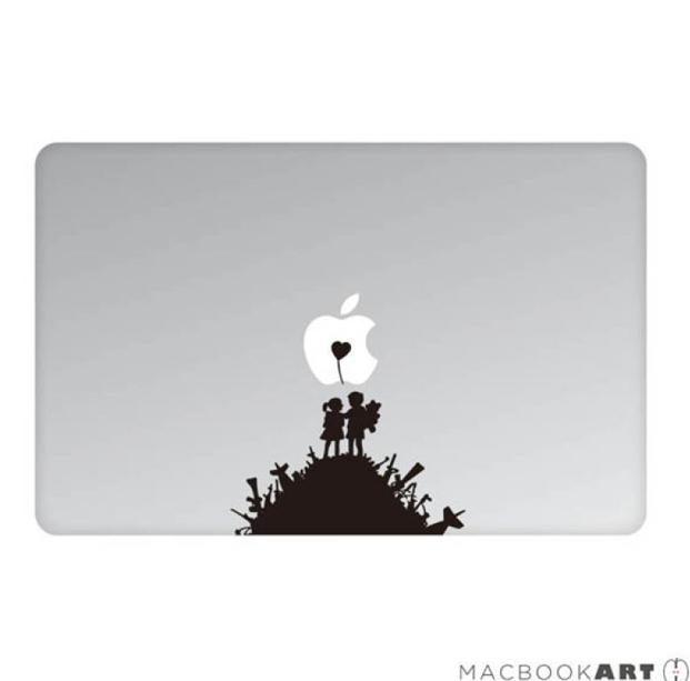 MacBookArt Sticker Make Love Not War - скин за задната част на MacBook Pro 15 и 17