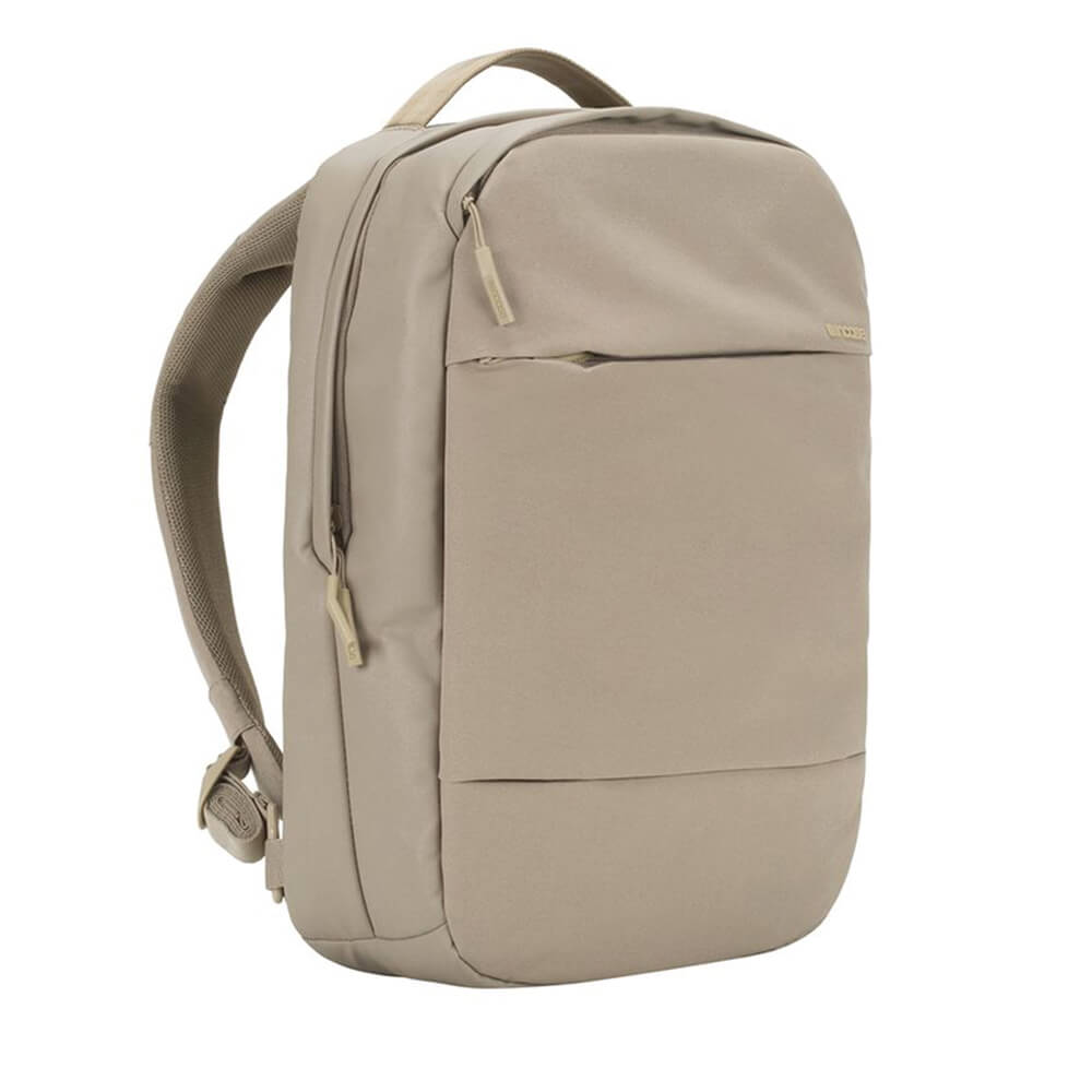 Incase City Compact Backpack - елегантна и стилна раница за MacBook Pro 15 и лаптопи до 15 инча (златист)