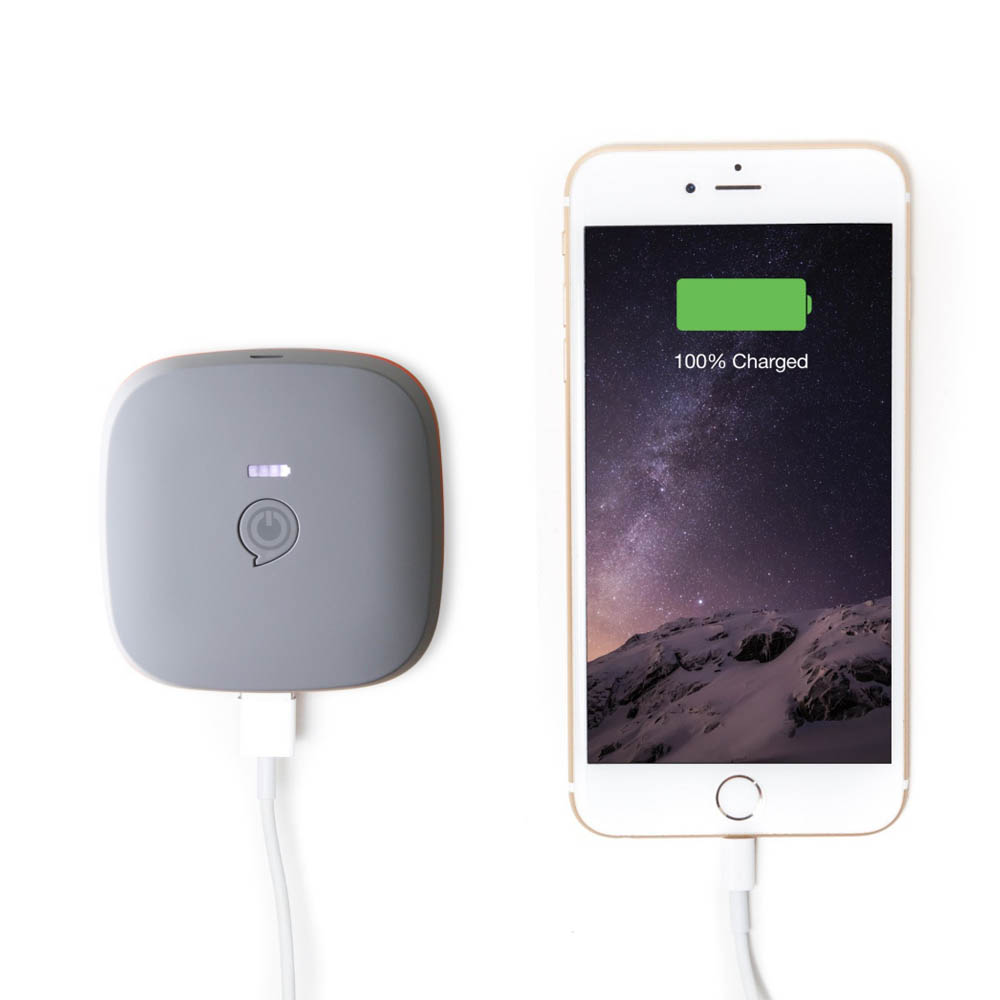 Zens Portable Power Pack Wirelessly Rechargeable 7800mAh with 2 USB outputs (grey)