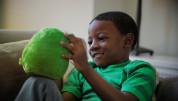 Ubooly Smart Toy - плюшена играчка занимаваща и обучаваща вашето дете за iOS и Android (зелен) 1