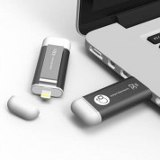 Adam Elements iKlips Lightning 32GB - външна памет за iPhone, iPad, iPod с Lightning (32GB) (тъмносив) 2