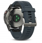 Garmin Fenix 5 - Multisport GPS Watch for Fitness, Adventure and Style (silver with granite blue band) 3