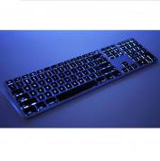 Matias Backlit Wireless Aluminum Keyboard with Numeric Keypad - качествена алуминиева безжична клавиатура с подсветка (черен-сребрист)  2