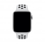 Apple Watch Nike+ Series 4, 44mm Silver Aluminum Case with Pure Platinum/Black Nike Sport Band, GPS + Cellular - умен часовник от Apple 1