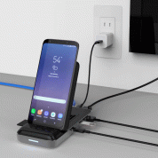 HyperDrive 7.5W Wireless Charger USB-C Hub (black) 5