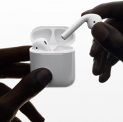 Apple AirPods 2 with Charging Case - оригинални безжични слушалки за iPhone, iPod и iPad 6