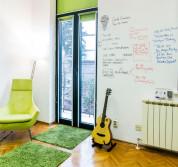 Escreo боя за писане - иновативна боя, която превръща всяка стена в дъска за писане (3 кв.м.) (прозрачен) 6