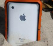 Krusell SEaLABox L - универсален водоустойчив калъф за iPhone и мобилни телефони (червен) 13