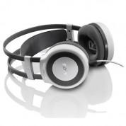 AKG K514 MKII - аудиофилски слушалки за мобилни устройства (бели)